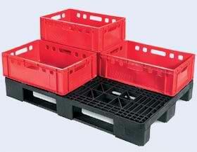 Heavy duty rackable Euro plastic pallet