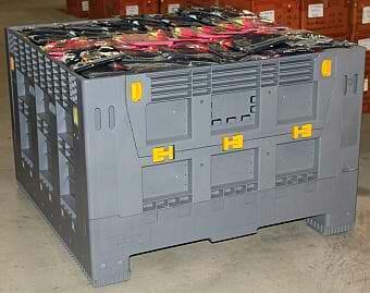 Solid-walled, folding Australian Standard plastic bulk container
