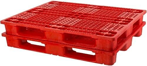 2 Heavy Duty ISO Plastic Pallets P2G955