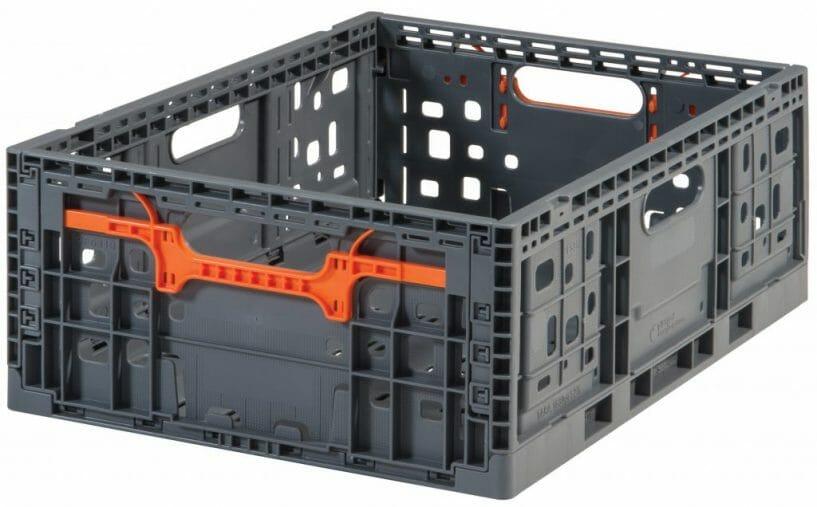 Vented plastic crate with ergonomic handles