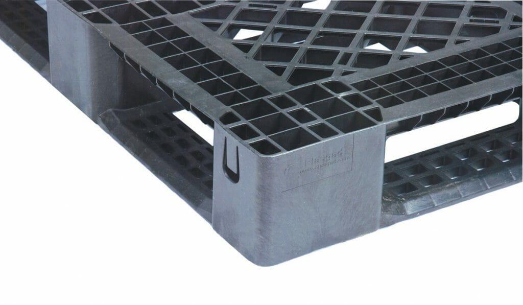 Medium Duty Plastic Pallet P2G140 Lightweight Full Perimeter Base