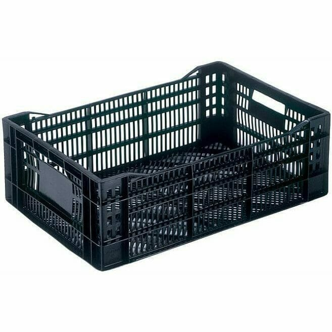 Vented plastic fruit and vegetable crates